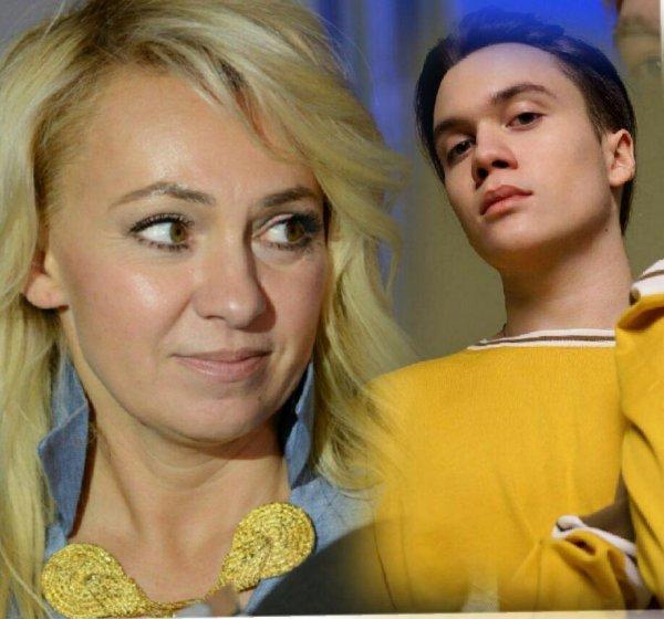 Детский торт и шарики: Яна Рудковская нелепо отпраздновала 17-летие сына Коли