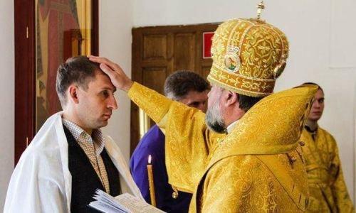Кожемяко - гей?! Губернатора Приморья обвинили в венчании с министром Козловым