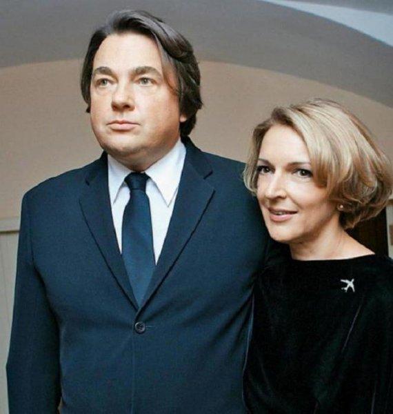 Эрнст — альфонс или как женщины помогли «сладкому» директору «Первого» придти к успеху?