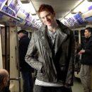 Во, жизнь довела! Внук Пугачёвой из-за безденежья «скатился» до метро?