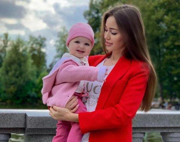 Будущая мама, берегись! Почему Костенко грозит выкидыш?