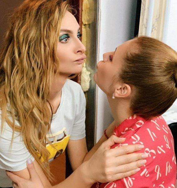 Была девочкой, станет мальчиком - Варнава сбреет волосы ради любовницы?