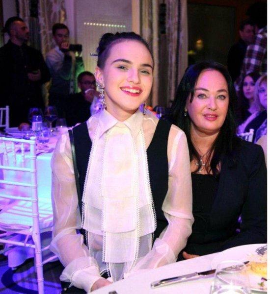 «Опухоль вернулась»: Дочь Гузеевой сообщила о возможной болезни