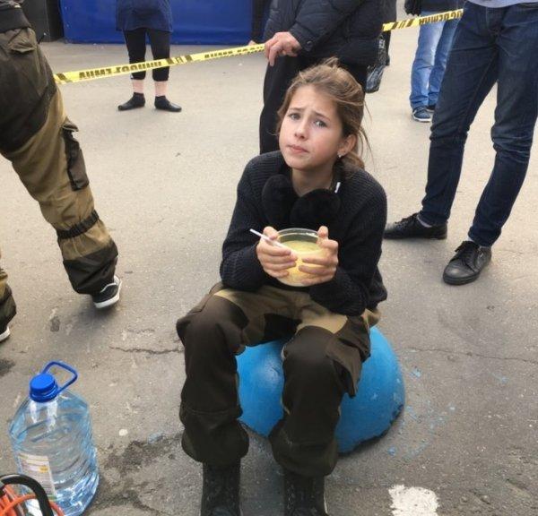Выгнали из школы и Тодеса... Дочь Панина стала изгоем из-за «разврата» актера