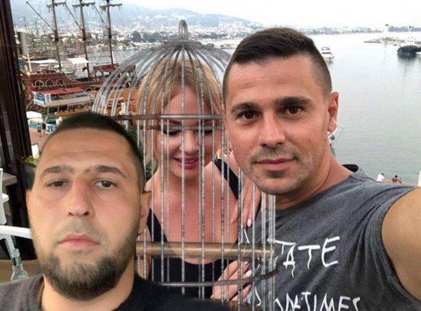Даша и детки «в клетке»: Сергей Пынзарь заставил брата следить за «разгульной» женой?