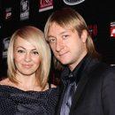 Наглость зашкаливает или как Плющенко одевает любовницу за деньги Рудковской?