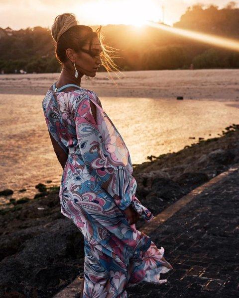 Недомогания, тошнота, боль в спине – Бузова скрывает беременность?