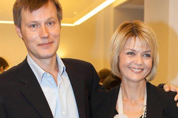 Кризис, ссоры - не помеха. Юлия Меньшова спасла брак на грани развода
