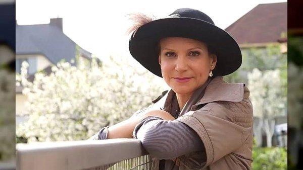 Возраст детям не помеха! 56-летняя звезда «Сватов» готовится стать матерью в Германии?