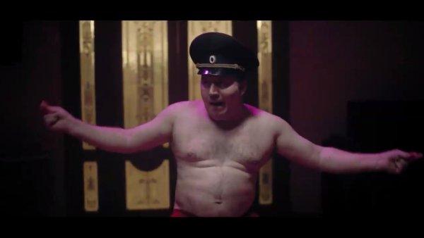 Володя Яковлев устал быть дебилом или почему Бурунов покинул сериал «Полицейский с Рублевки»?
