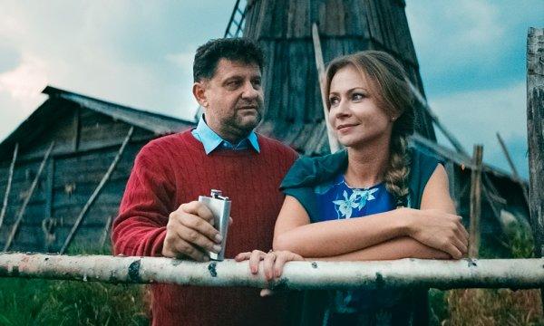«Холоп» соединил судьбы: Самойленко бросит жену ради Мироновой?
