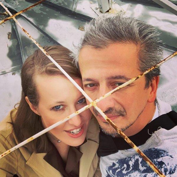 Дом «отжал» — жену заклевал! Богомолов толкает Собчак на измену из-за брачного контракта