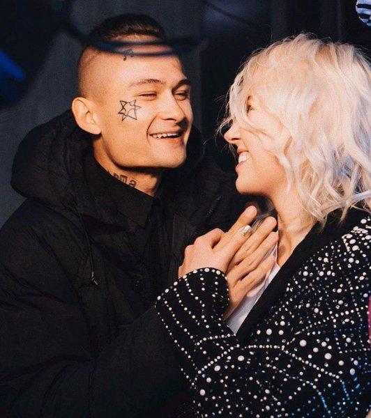 Пара готовит свадебный танец...Клава Кока репетирует с Моргенштерном перед торжеством?