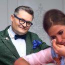 «Заплаканные» глаза видны через очки: Барановская тяжело переживает разрыв с Васильевым