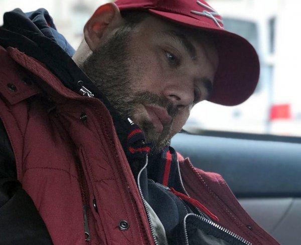 Резко поседел и осунулся - Слепаков тяжело переживает отказ Ходченковой