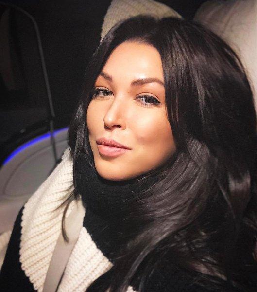 Влиятельный любовник рушит жизнь или почему массово «срываются» концерты Дубцовой?
