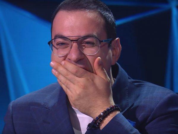 «Секретик» Мартиросяна: Застывшее лицо Гарика выдало «ботоксный» перебор на шоу «Маска»