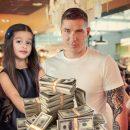 Пока «купчиха» не видит: Муж Бородиной втянул 10-летнюю дочь в сомнительный бизнес
