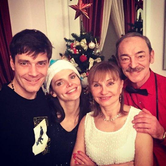 Лиза Боярская показала трогательное семейное фото