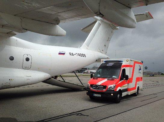 Авиаперевозка пациентов на носилках из России в зарубежные клиники