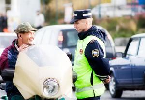 Врач, признававший пьяных водителей трезвыми, получил условный срок