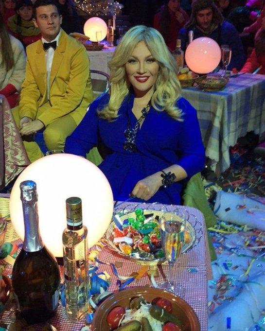 Неподражаемая Таисия Повалий снялась в украинском Новогоднем огоньке
