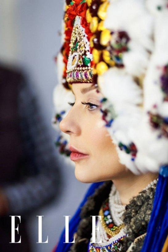 Тина Кароль в старинном украинском наряде приняла участие в новой фотосессии