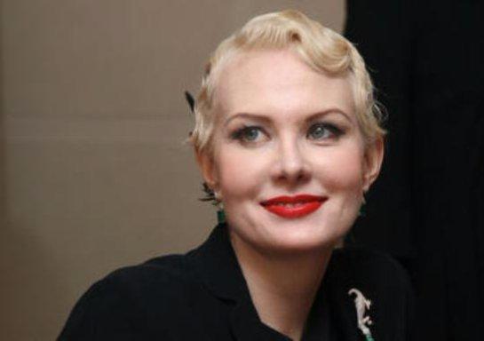 Рената Литвинова купила квартиру в Париже