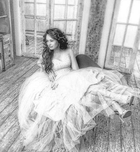 Ирина Безрукова примерила свадебное платье