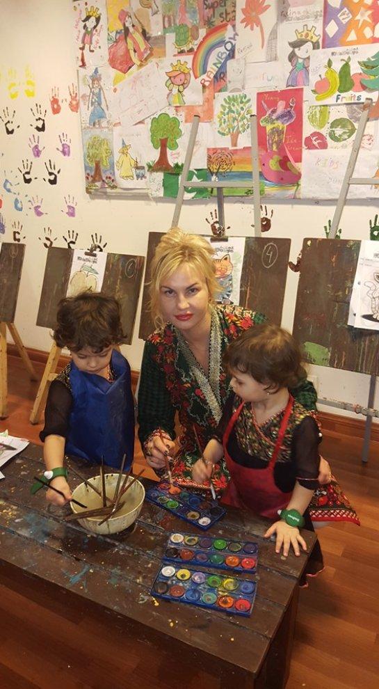 Камалия показала фотографии с отдыха в Пакистане