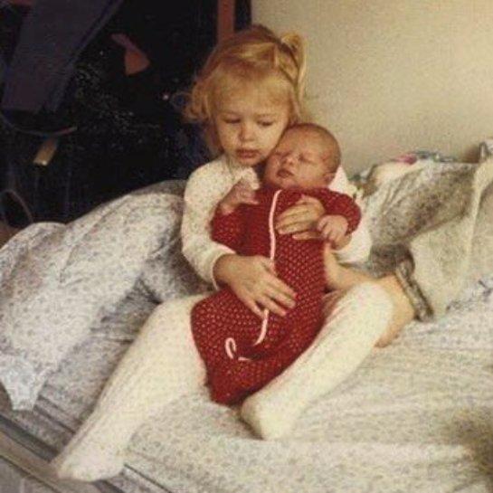 Пэрис Хилтон показала, какой милой она была в детстве