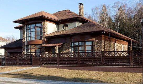 Неизвестные обокрали дом Димы Билана