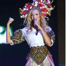 Оля Полякова дала зажигательный концерт в День Независимости