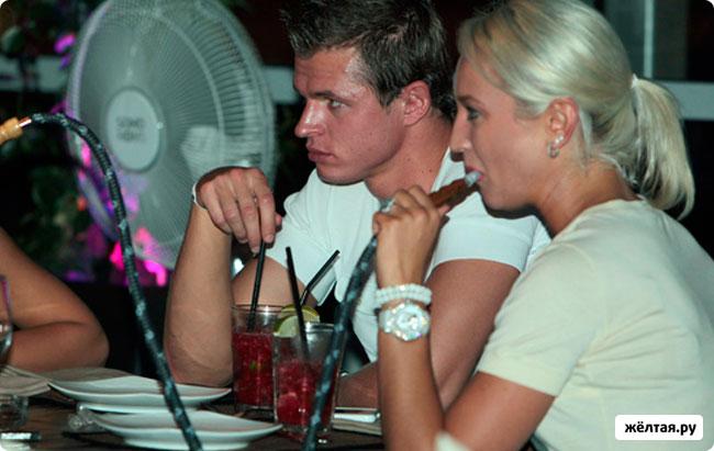 Дмитрий Тарасов развелся со свой женой
