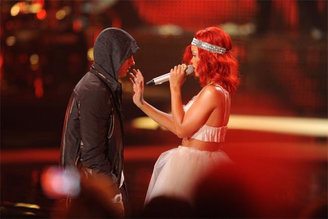 Риана и Эминем поругались на концерте