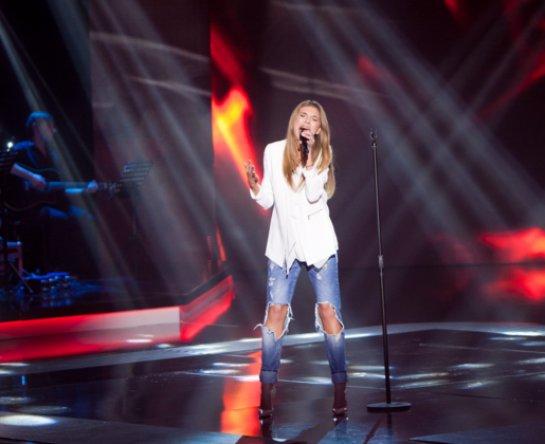 Певица Ассоль снова на сцене