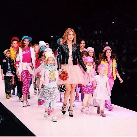 Певица Глюкоза представила первую коллекцию детской одежды