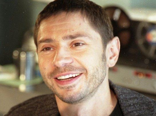 Актер из сериала «День рождения Буржуя» сбил женщину и скрылся с места происшествия