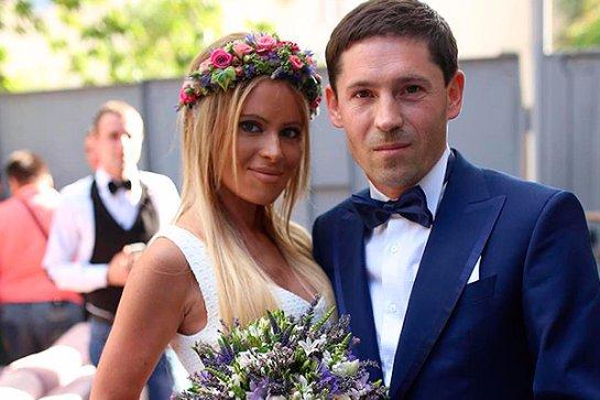 Супруг бросил Дану Борисову, прихватив с собой два автомобиля